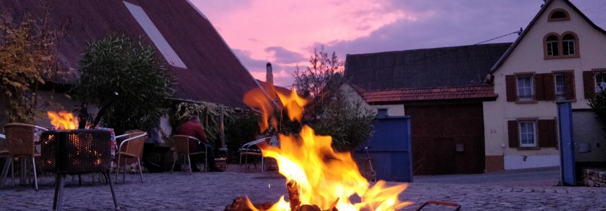 Wein und Feuer